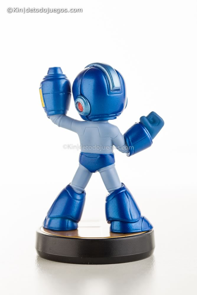 review amiibo megaman-9725