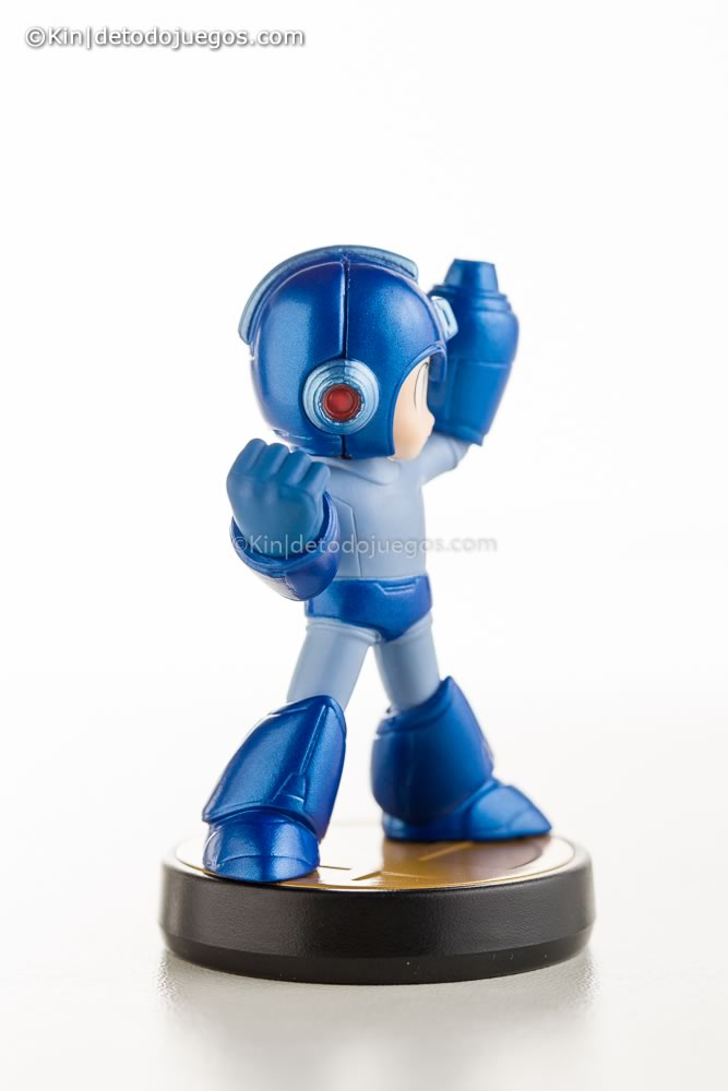 review amiibo megaman-9727