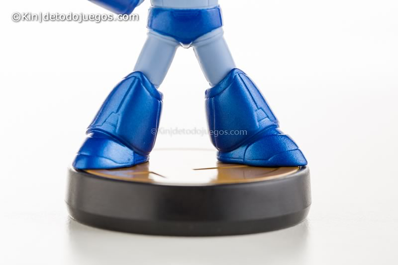 review amiibo megaman-9732